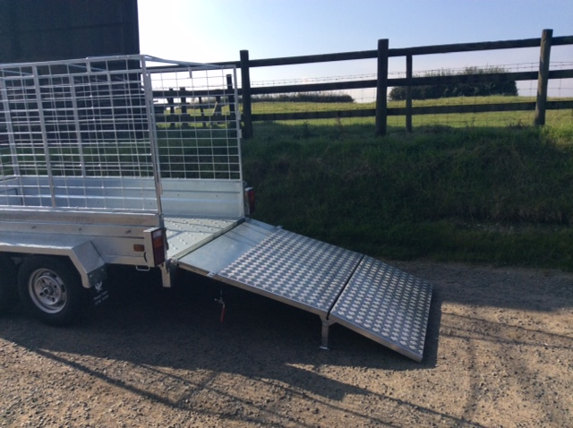 Box Trailer with loading ramp